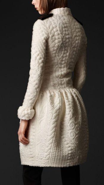 rochie alba tricotata