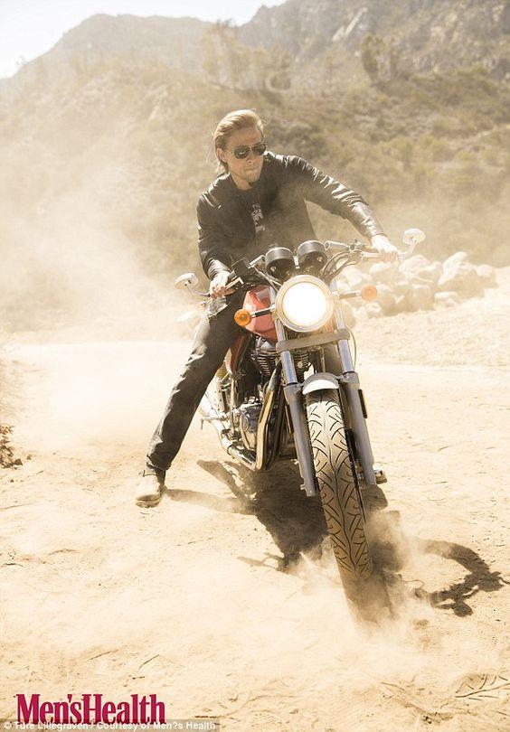 Charlie Hunnam pentru Men's Health, Foto Ture Lillegraven